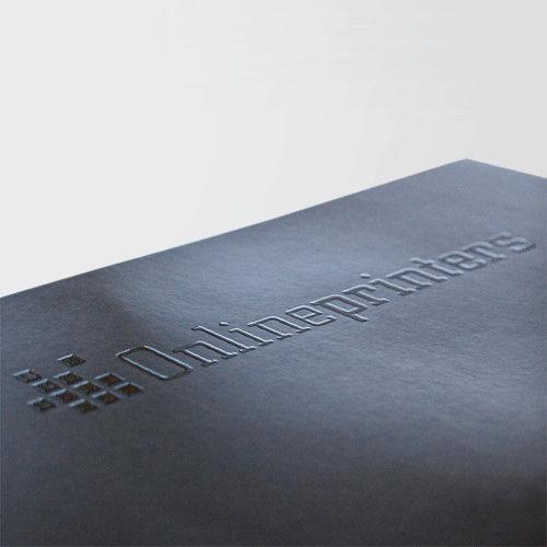 Grâce au vernissage partiel, votre imprimé reçoit une apparence incomparable.